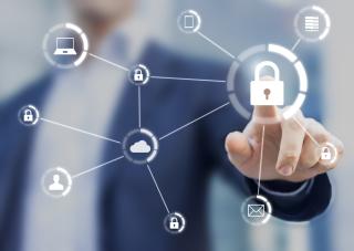 Shutterstock_439385911 - Cyber Security